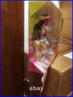 Barbie Fashionistas Swappin' Styles GLAM & SPORTY Gift Set Extremely Rare NEW