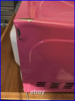 Collectible Extremely Rare Hot Pink HELLO KITTY Microwave MW-07009 0.7 Cubic ft