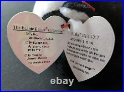 EXTREMELY RARE Beanie Babies Stinky WITH TAG ERRORS. Mint condition. PVC
