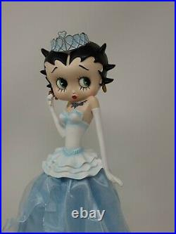 Extremely Rare! Betty Boop in Blue Figurine Statue 2002 Over 13 Tall EUC
