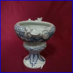Extremely Rare Chinese B/W Lizard Bowl cup