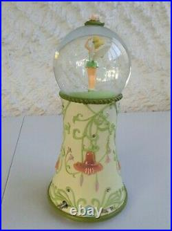 Extremely Rare Disney TinkerBell Dancing on Pedestal Musical light up Snow globe