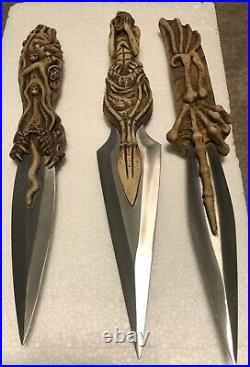 Extremely Rare Jeepers Creepers Movie Replica Prop Knife Set Excellent Cond